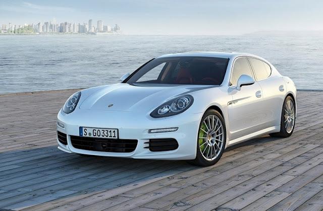 2014 Porsche Panamera Front