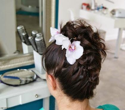 fryzura ślubna 68