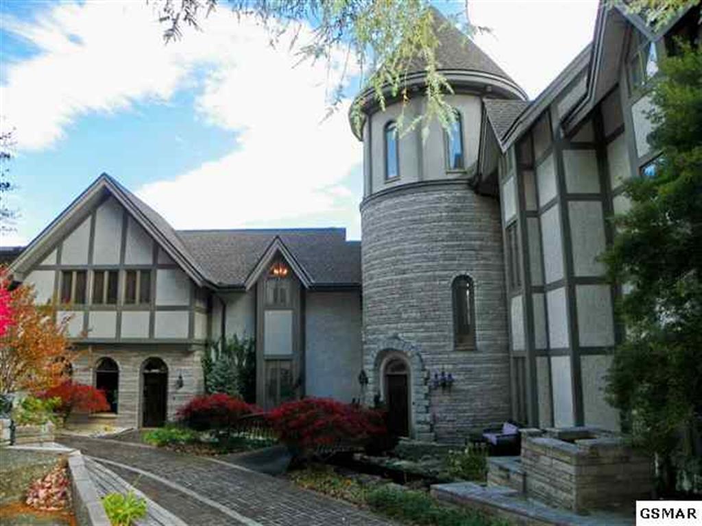 Gatlinburg luxury estate home