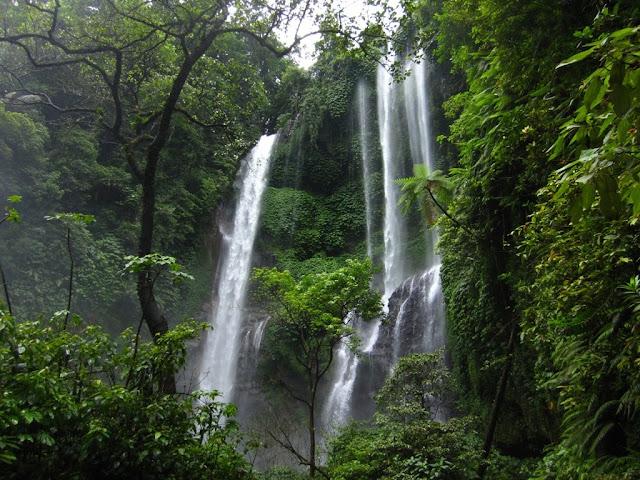 Bali cachoeira Sekumpul
