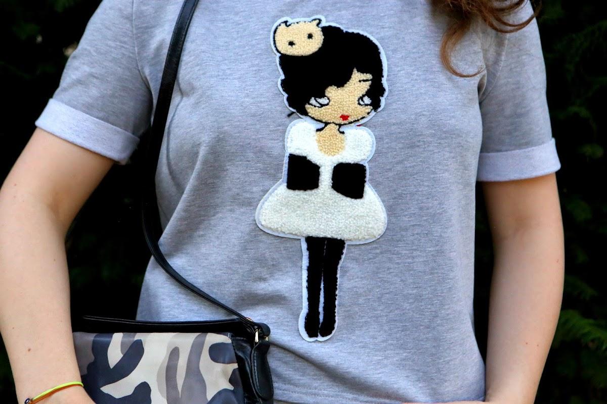 Doll sweatshirt