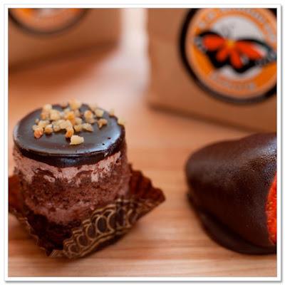 La Monarca Bakery Cake