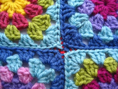 Crochet Stitches Joining Squares : Copertine ad Uncinetto: Come unire le mattonelle ad uncinetto