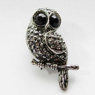 marcasite costume owl brooch