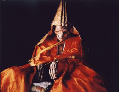 Seramnya Mumi Jepang, Cara Biksu Mengatasi Kelaparan