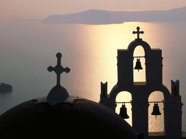 Isla Bell Gable Thira, Grecia