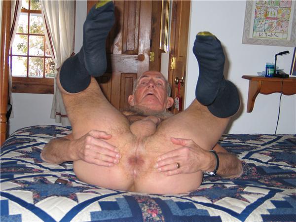 Hot Naked Older Men Slim Body