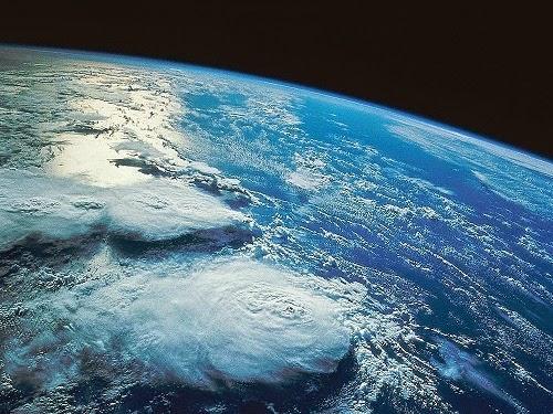 Kisah Adam dan Hawa diturunkan ke Bumi
