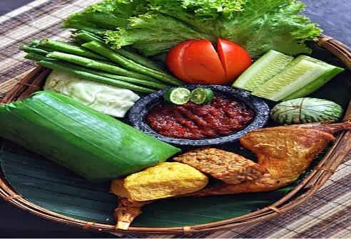 Menu Makan di Hotel Mutiara Bandung