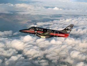 Avião de passageiros voa 800 km sem piloto