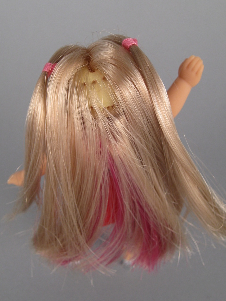 Pink bald patch on scalp