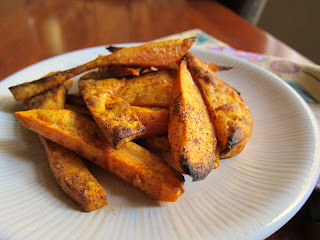 Healthy side dish or afternoon snack: oven sweet potato fries