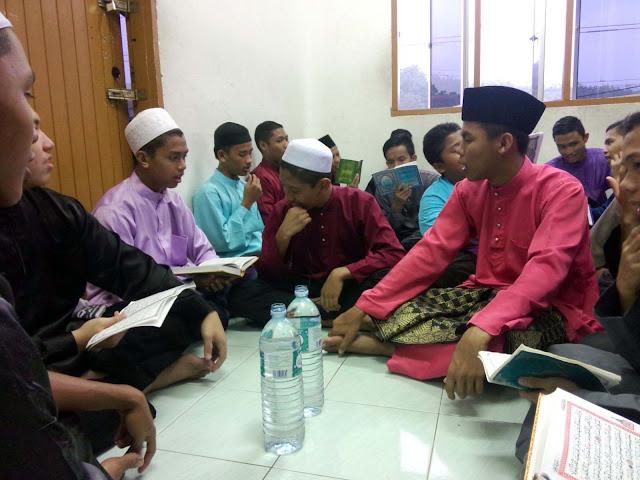 Surau Diri Jumaat Maahad Al Ummah