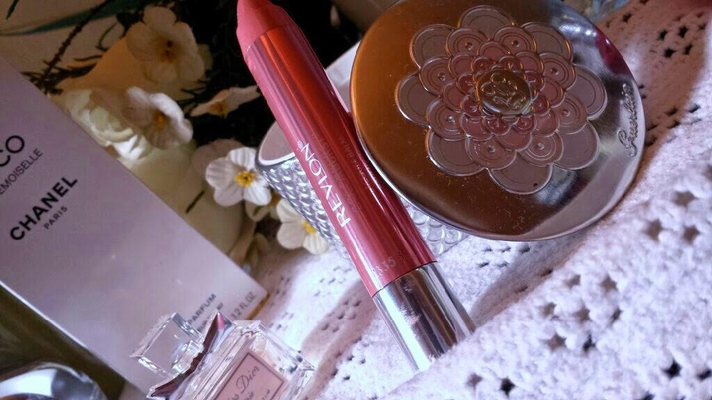 Revlon ColorBurst Lacquer Balm in Demure