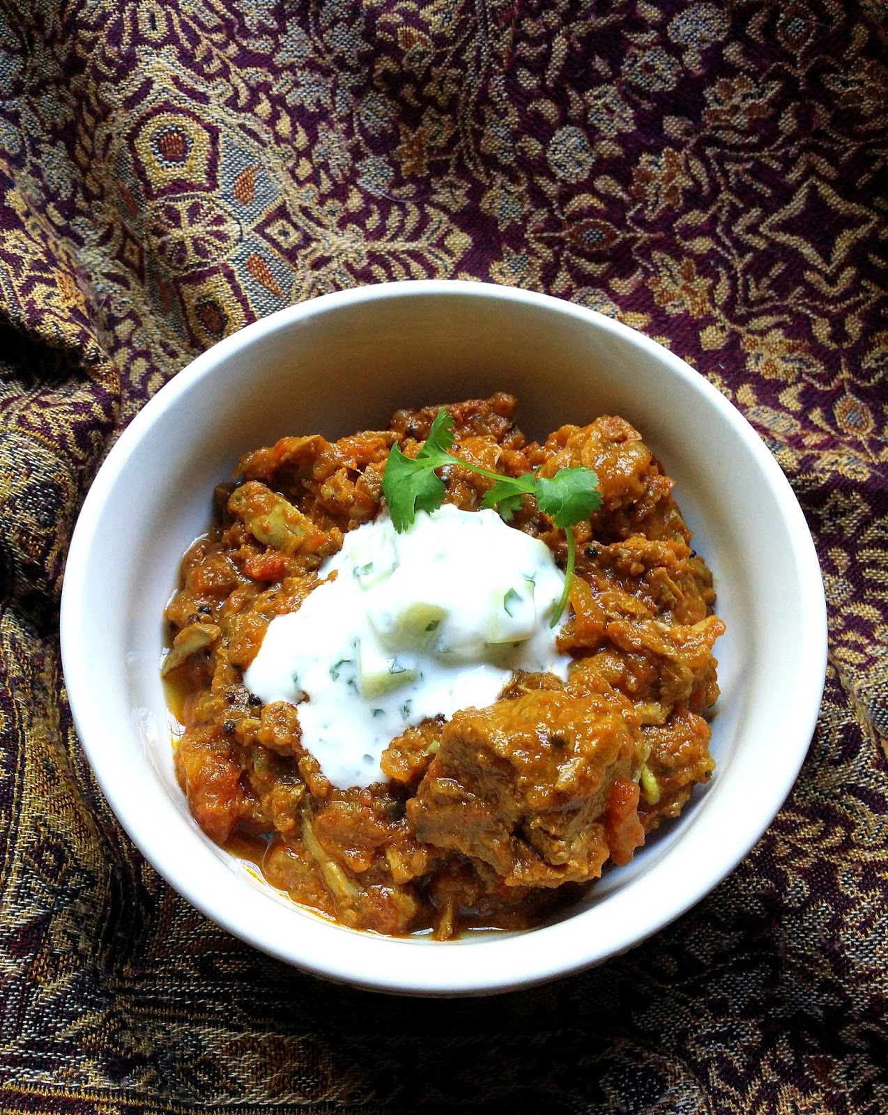 Low-Carb Tomato & Onion Beef Curry with Herby Cauliflower ...