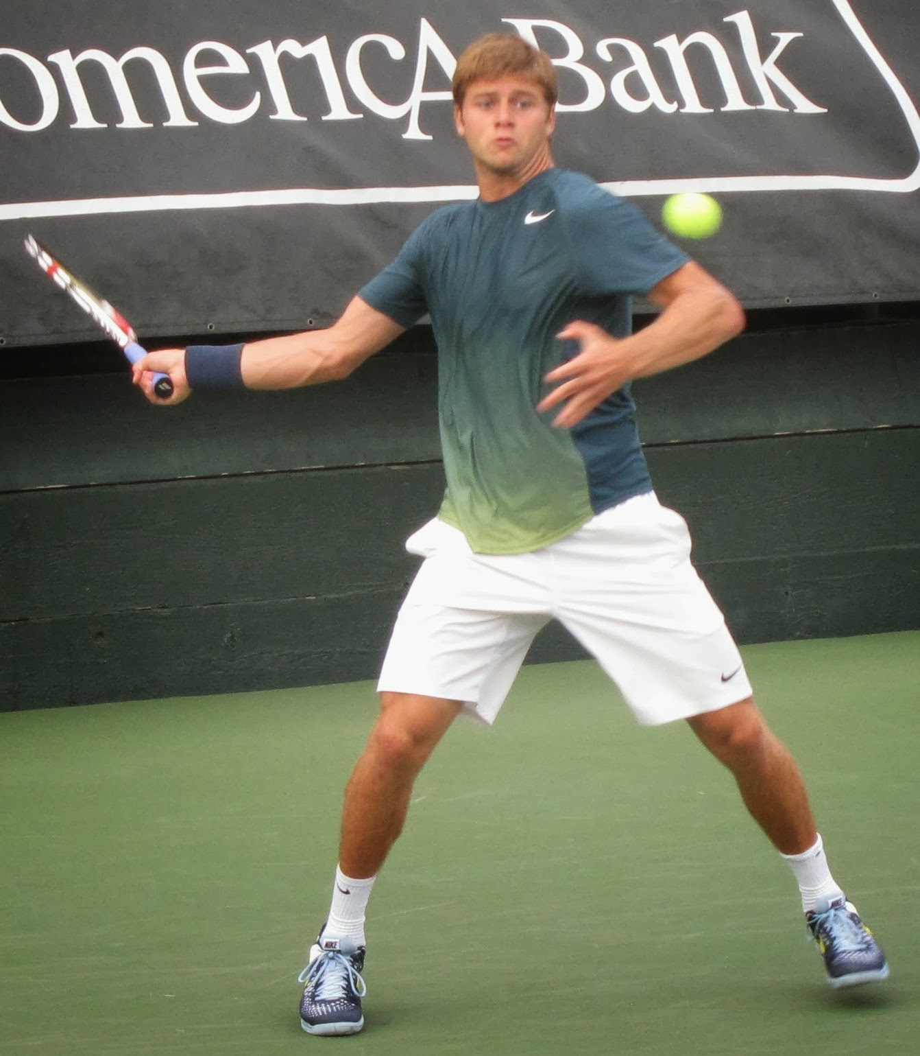 Donaldson, 17, upstages Harrison in Napa Challenger