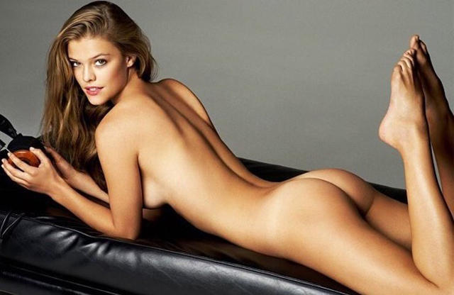Nina Agdal desnuda nuevamente