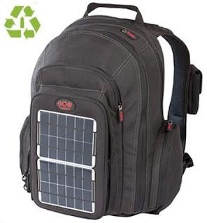 mochila solar para cargar tus gadgets cuando estas de viaje