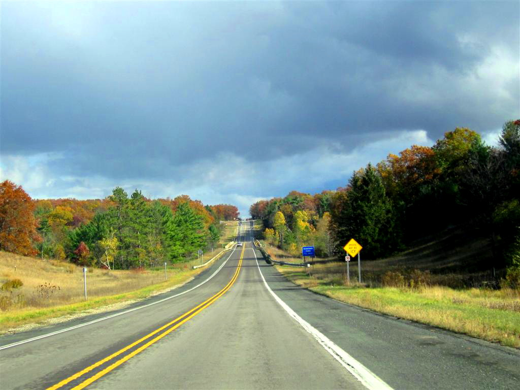 we headed up us 31 turning off on m 120 to go northeast there was still beautiful autumn color in the trees