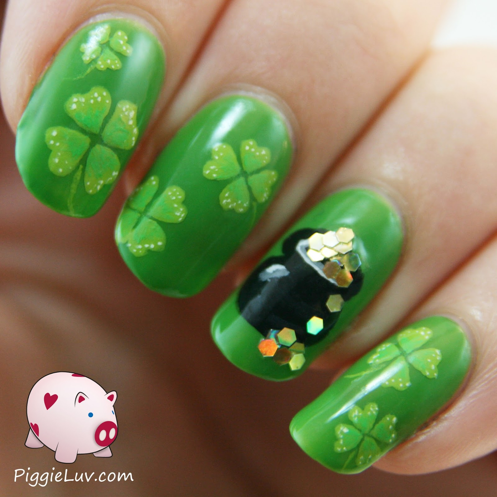 Piggieluv St Patricks Day Nail Art
