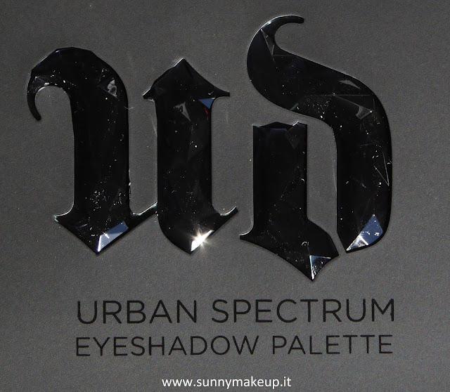 Urban Decay - Urban Spectrum Eyeshadow Palette. Palette di ombretti.