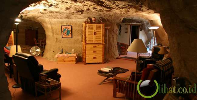 Kokopelli's Cave Bed and Breakfast, AS