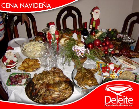 Tips para decorar la mesa en la cena de navidad deleite for Decorar mesa navidad para cena