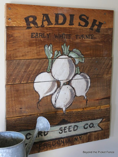 sedd packet, reclaimed wood sign, spring garden, hand painted sign, Beyond The Picket Fence, http://bec4-beyondthepicketfence.blogspot.com/2015/02/spring-ideas-are-you-ready.html