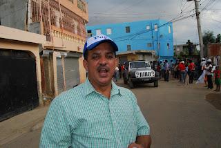 Acusa a Juancito de utilizar fondos públicos en campaña de Danilo