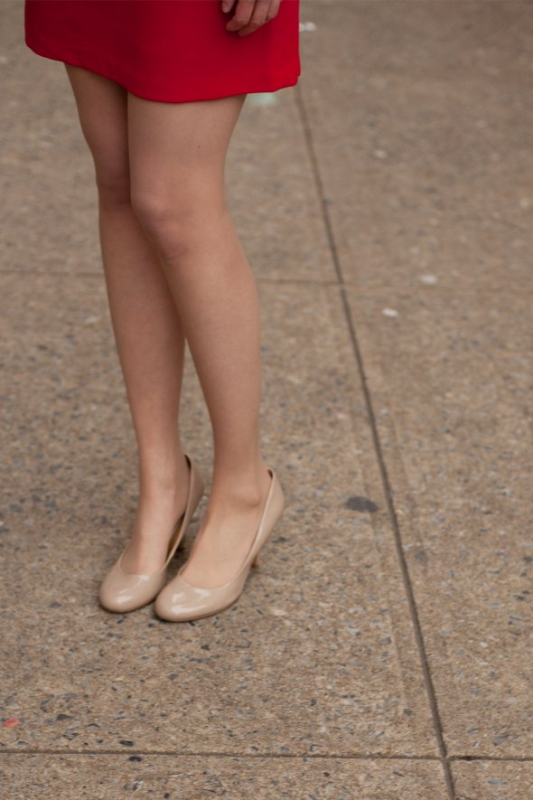 street style, womens fashion, red dress, nude pumps, nude high heels, virginia fashion, street style angel david verde, angels point of view