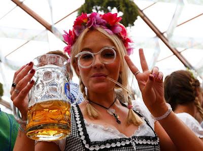 Как в Германии открылся Октоберфест -2015