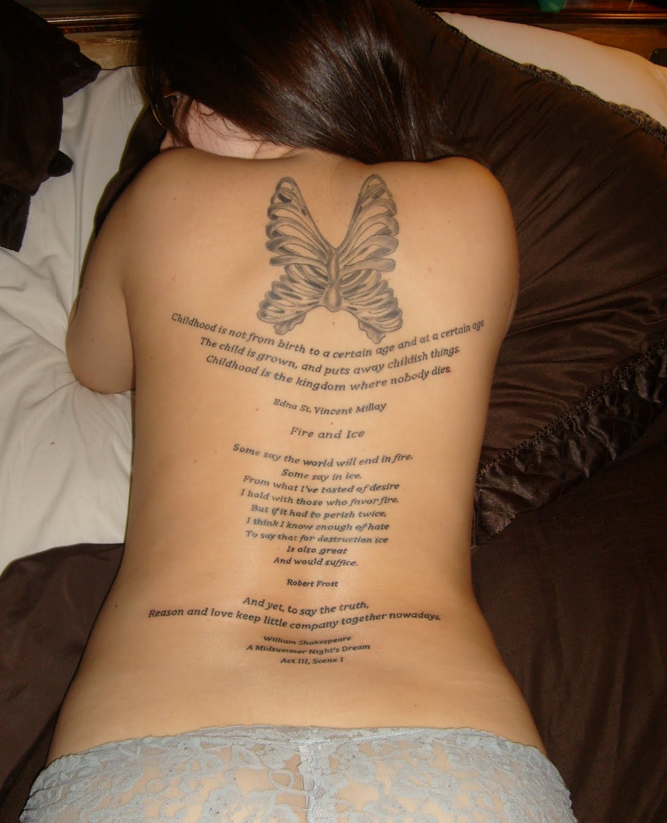http://2.bp.blogspot.com/-HO8zrERdUDQ/TlcJ7iItcwI/AAAAAAAAAPs/N4TXtZFOPpE/s1600/Tattoo%20Quotes%20For%20Girls3.jpg