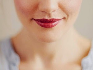http://www.krisztinawilliams.com/2015/01/marsala-colored-makeup-how-you-can-wear.html
