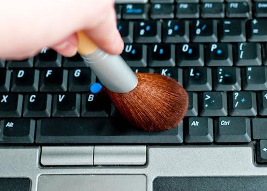 الطرق المثالية لتنظيف أجهزتك التكنولوجية