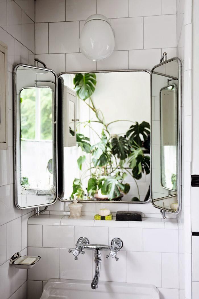 Love That Vintage Mirror Via Elle Decoration