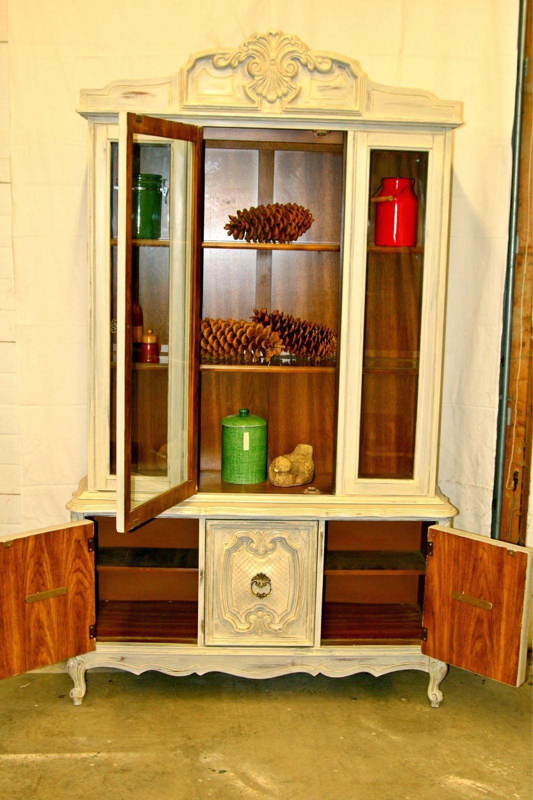 Http://hamilton.kijiji.ca/c Buy And Sell Furniture Hutches Display Cabinets  Vintage China Cabinet W0QQAdIdZ548906686