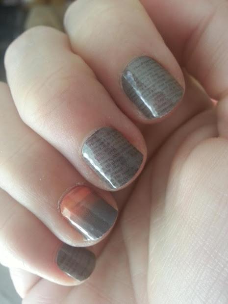 replay create custom nail art