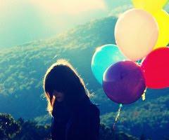 Duele cuando quieres expresar lo que sientes ,pero lo unico que puedes hacer es guardar silencio