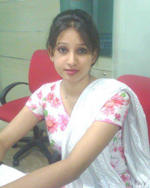 Hot desi girls pictures images wallpapers hd for Desi sexy imege
