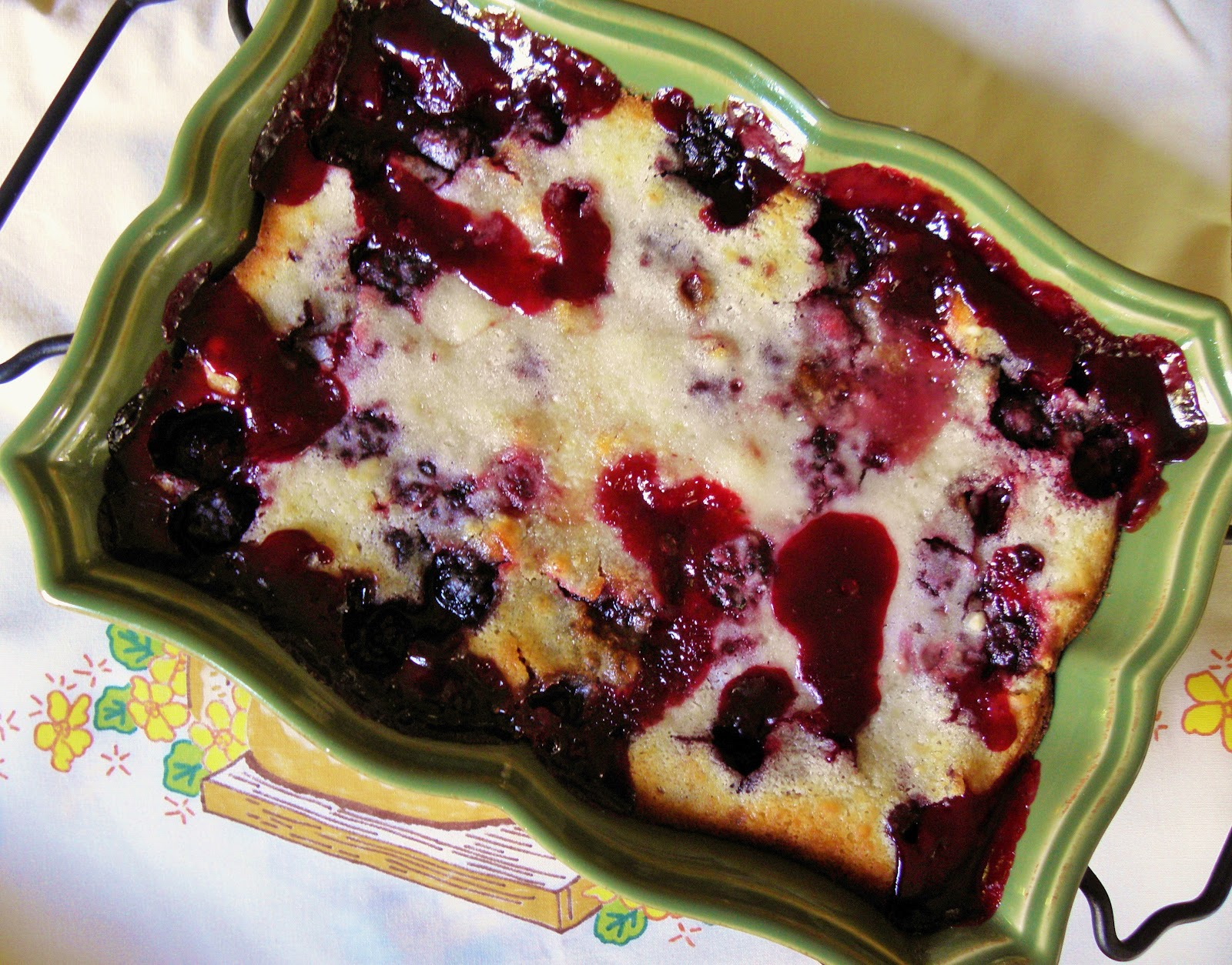 The Cozy Little Kitchen: Faith's Country Blackberry Cobbler!