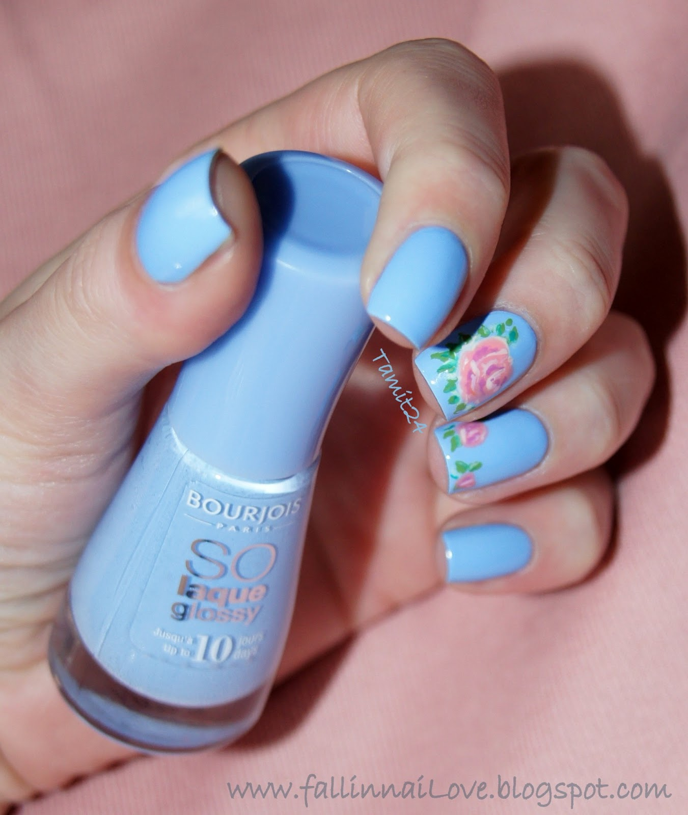 Fall In Nailove Bourjois So Laque Glossy Adora Bleu
