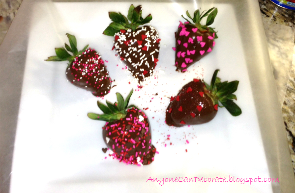 how to make chocolate covered strawberries without wax paper