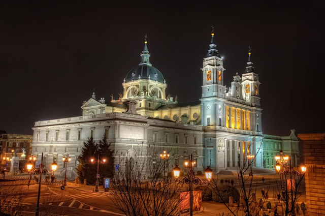 Испания,архитектура Испании,Собор Ла Альмудена