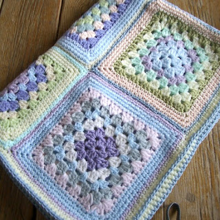 Free Crochet Pattern cjf-bafg 'Easy Does It' Baby Blanket