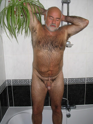 big gay daddy bear - hairy bear daddy - hot hairy daddy