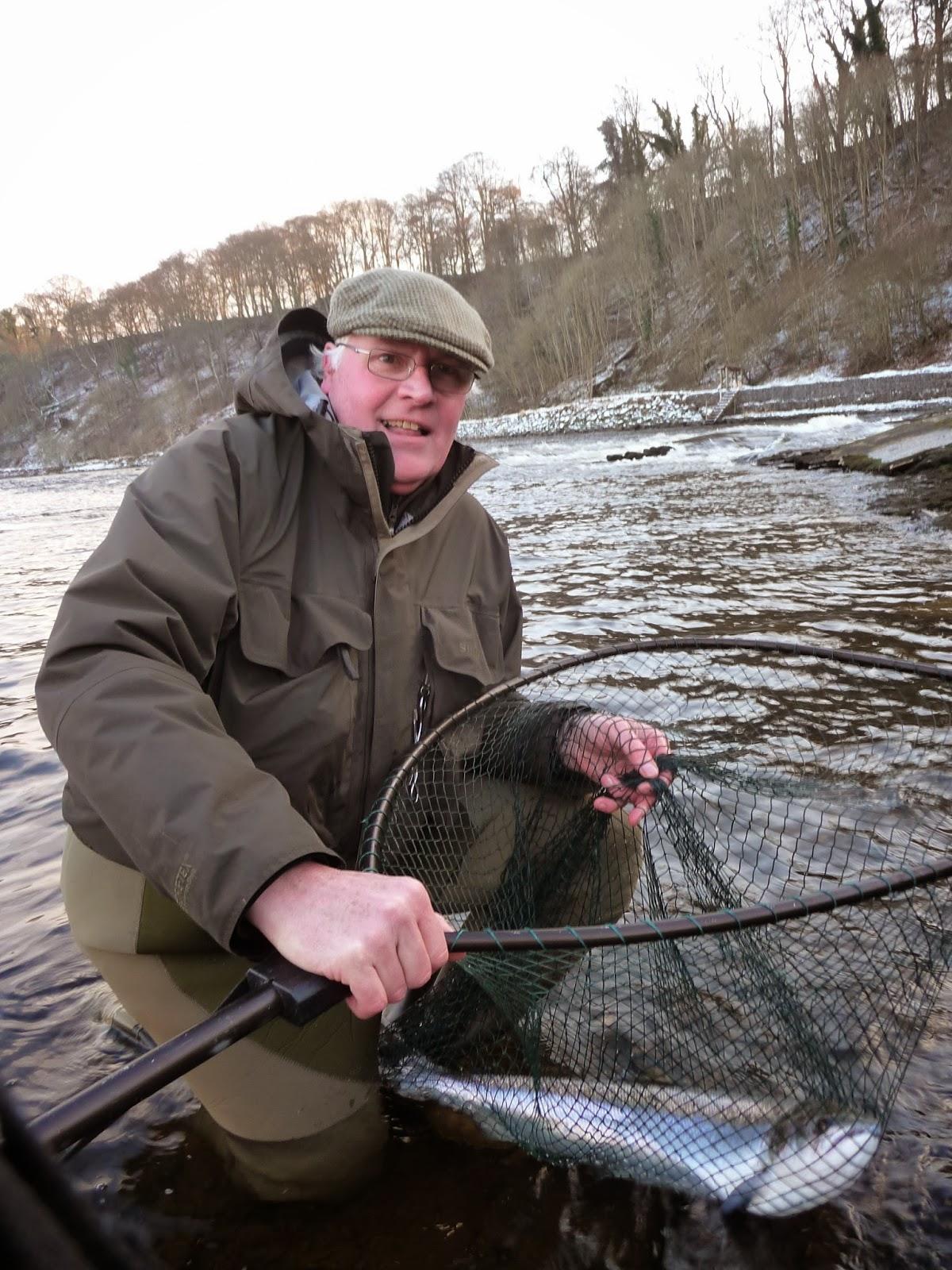 Salmon fishing scotland salmon fishing scotland 2014 tay for Salmon fishing season
