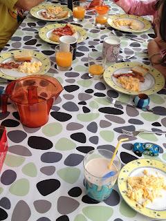vacaciones, verano, hijos, desayuno, comida