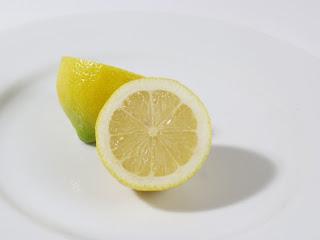 3 Manfaat Buah Lemon Untuk Rambut