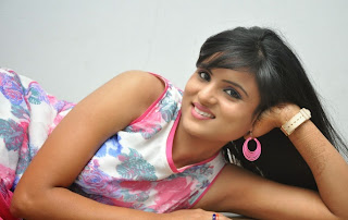Actress Suma  Picture Gallery at Ye Rojaithey Choosano Audio Release  29.jpg