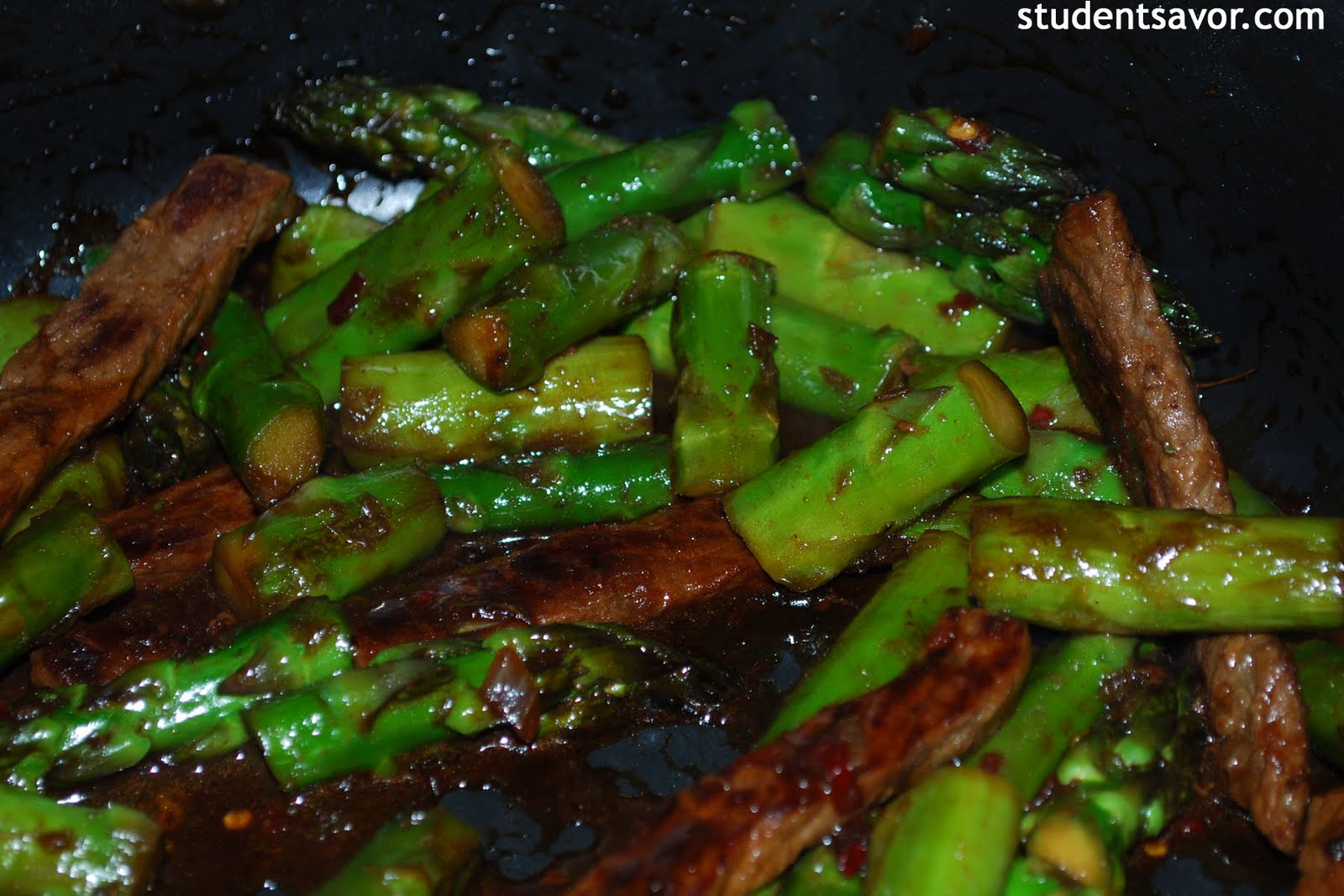 Beef & Asparagus Stir Fry (adapted from Whole Foods Magazine)